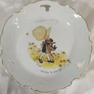 Hollie Hobby Collectible Plate 1973